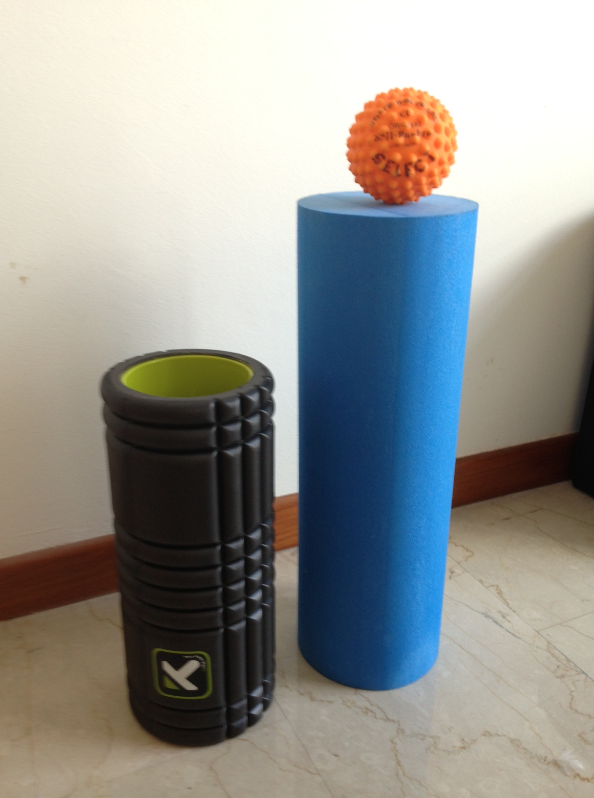 foam rollers and spikey balls what 39 s all the fuss about port melbourne physiotherapy pilates. Black Bedroom Furniture Sets. Home Design Ideas